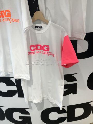 cdg-2021aw-neon-logoarm-tee
